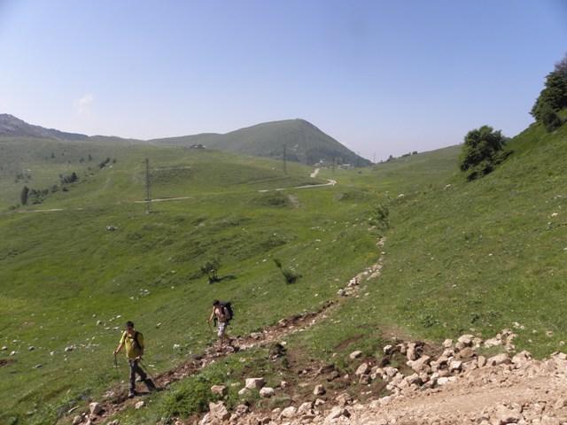 Passo del toro e rifugio grassi for Piccoli piani di baite