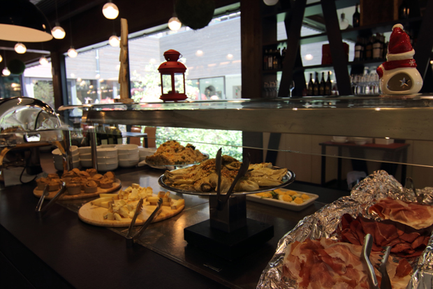 Mirtillo Rosso Family Hotel - Buffet